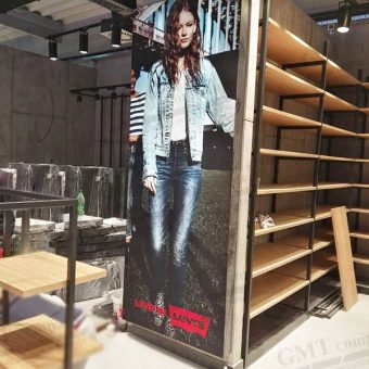 tekstilna led box reklama fashion shop