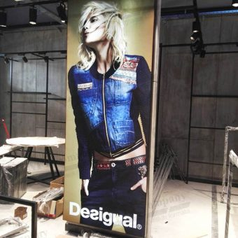 tekstilna alu led box reklama fashion desigual